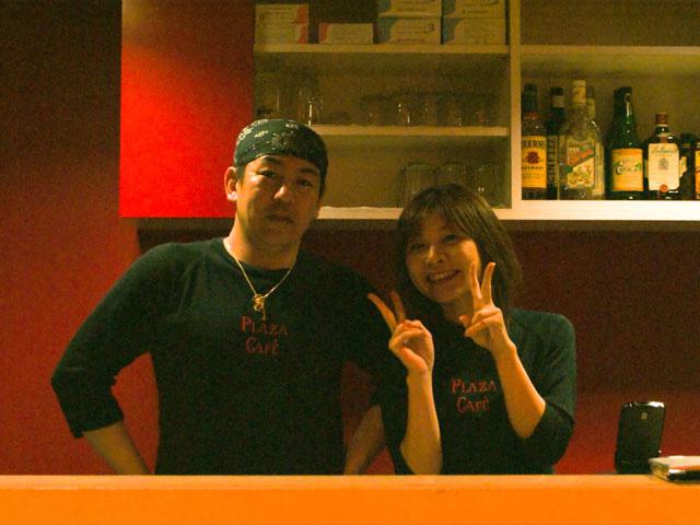 店長さんと店員さんの写真